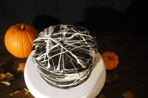 Halloween cake top- copper spoon cakery