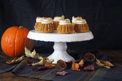 Pumpkin cake stand- copper spoon cakery